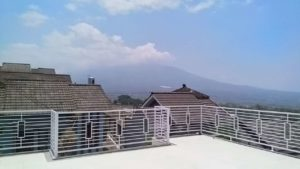 Villa Kota Batu Mutiara Resident